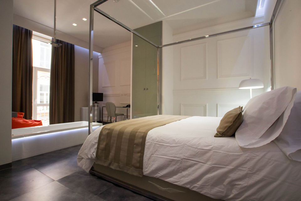 4 star hotel naples italy rooms design hotel for Design hotel napoli