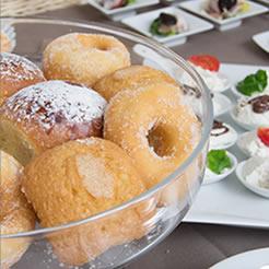 Les petits déjeuners du boutique-hôtel Naples