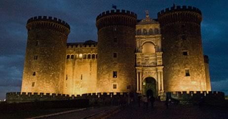 hôtel à proximité du Maschio Angioino, le chateau symbolisant Naples