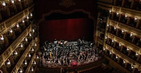Hotel vicino al Teatro San Carlo di Napoli